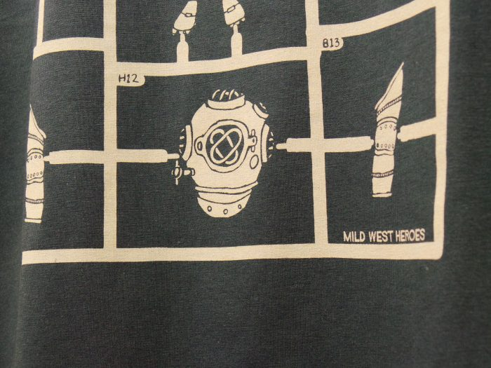 Mid West Heroes T shirts - Airfix Robots